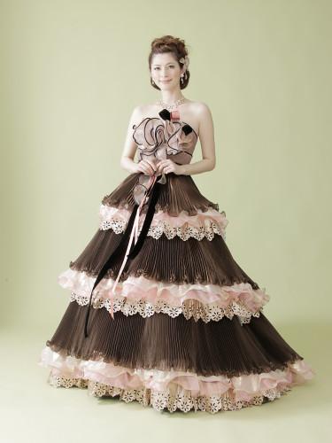 大政絢プロデュースのカラードレス