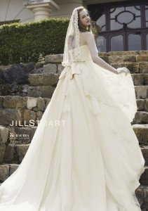 ジルスチュアート ウェディングドレス