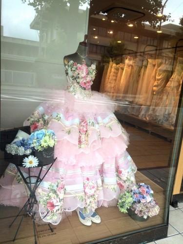 ショップディスプレイのFLOREO(フロレオ)のドレス