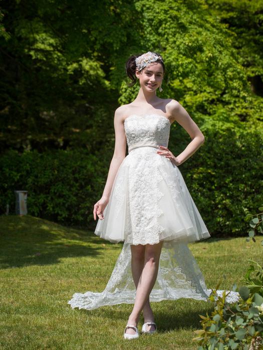 /home/users/0/kilo.jp topwedding/web/blog/wp content/uploads/wedding 151027 weddingdress 1462 01 l