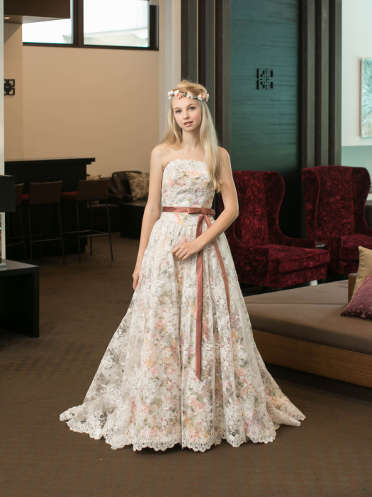 /home/users/0/kilo.jp topwedding/web/blog/wp content/uploads/wedding 180210 colordress 5472 01 l