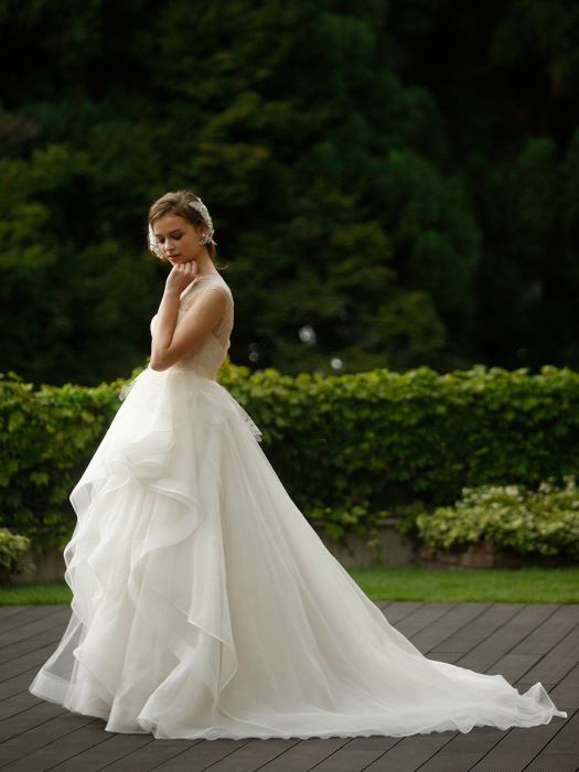 /home/users/0/kilo.jp topwedding/web/blog/wp content/uploads/wedding 180226 weddingdress 1531 02 l