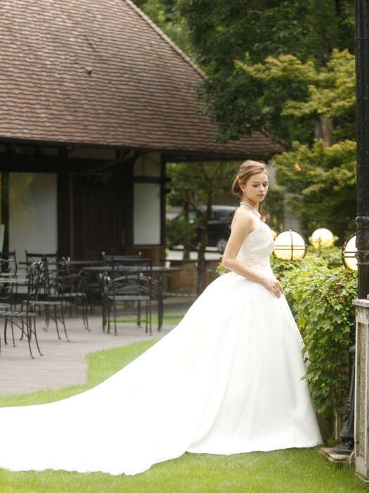 /home/users/0/kilo.jp topwedding/web/blog/wp content/uploads/wedding 180607 weddingdress 1532 03 l