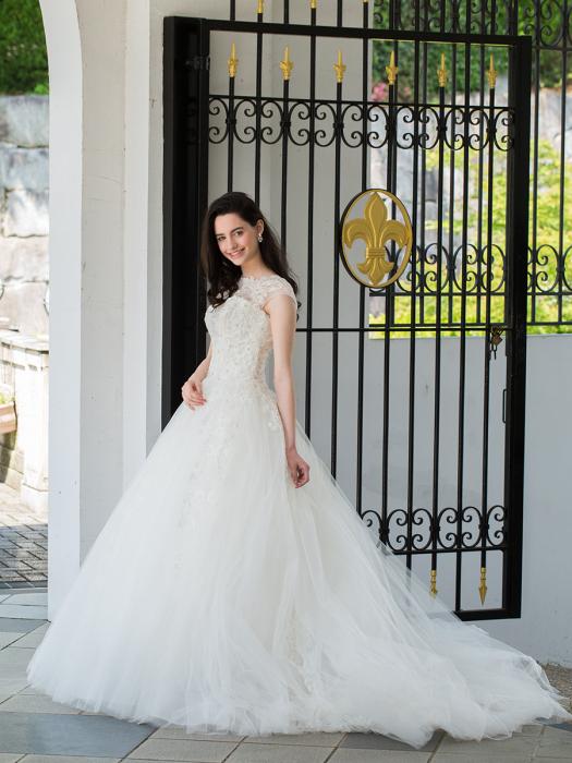 /home/users/0/kilo.jp topwedding/web/blog/wp content/uploads/wedding 180704 weddingdress 1475 02 l