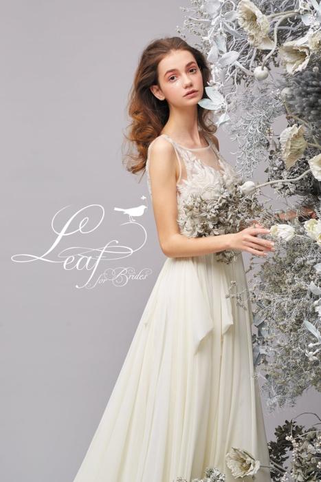 クワトロリーフのウェディングドレス