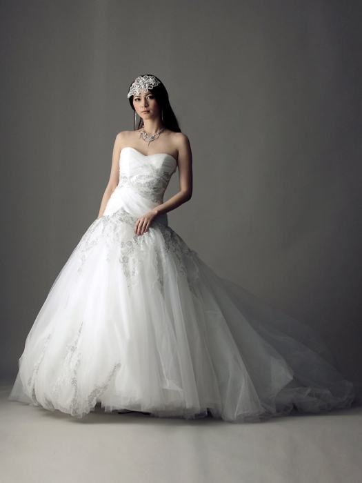 /home/users/0/kilo.jp topwedding/web/blog/wp content/uploads/wedding 181225 weddingdress 1385 01 l